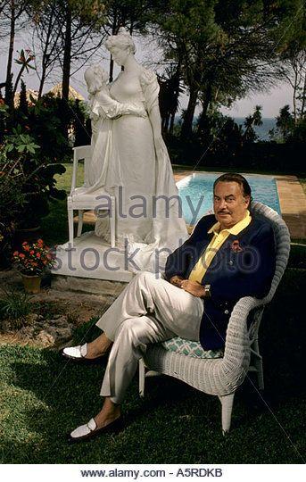 PRINCE ALFONSO HOHENLOHE AT HIS MARBELLA CLUB, COSTA DEL SOL, MARBELLA, ANDALUSIA, SPAIN 1987 - Stock Image