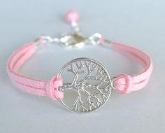 Artículos similares a Plata pulsera del árbol de la vida - Rosa cordón de cuero de gamuza sintética karma amistad pulsera Tree of Life - hecho en Canadá en Etsy