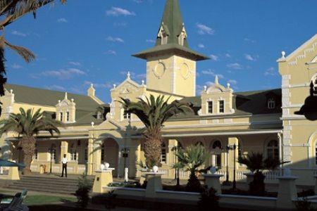 Swakopmund Bahnhof, beginnings of holidays off to Pappa
