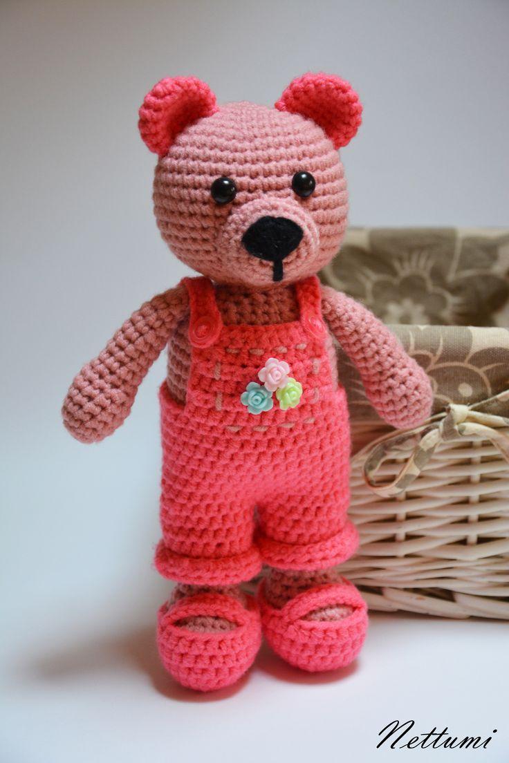 Amigurumi pink bear by Nettumi