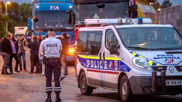 EU-parlement wil opkomen voor bedreigde chauffeurs in Calais | NU - Het laatste nieuws het eerst op NU.nl