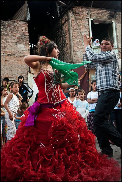 Turkish gypsy wedding, bride in her traditional red dress dancing, turkish gypsy wedding, ankara, turkey