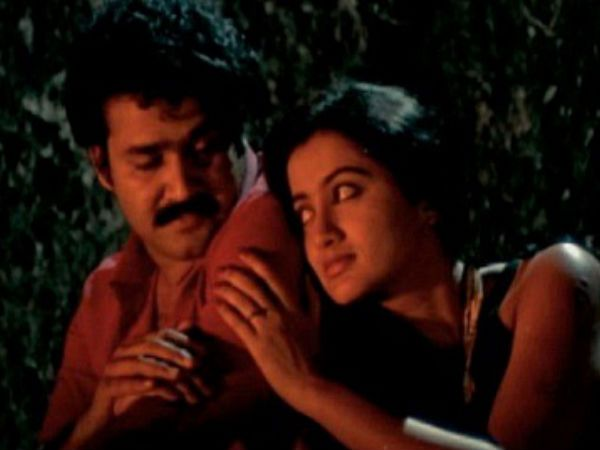 Thoovanathumbikal: It is considered as one of the best love stories of Mollywood. Mohanlal played Jayakrishnan, a bachelor from an aristocratic family, who falls in love with a prostitute named Clara, played by Sumalatha, in the movie directed by veteran director Padmarajan. www.chukkuvellam.com | #chukkuvellam  Read more at: http://www.filmibeat.com/malayalam/news/2014/mohanlals-10-iconic-movies-160595-pg4.html
