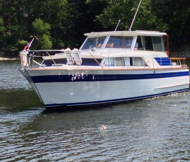 Our Boat 1965 Chris Craft Constellation Sedan Grand Lake