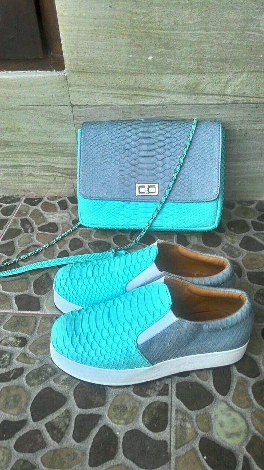 Обувь ручной работы. Ярмарка Мастеров - ручная работа. Купить Сумочка и слипоны. Handmade. Сумка из кожи, сумочка на цепочке