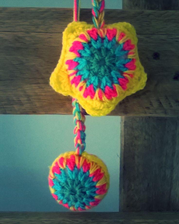 Mandala amarilla de @tiendamutt