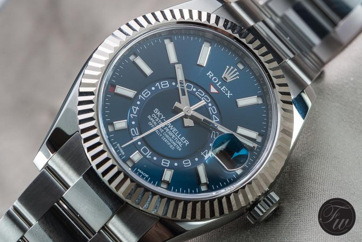 THE NEW STAINLESS STEEL ROLEX SKY-DWELLER REFERENCE 326934 IMPRESSED ME