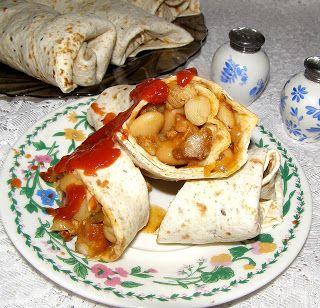 W Mojej Kuchni Lubię.. : tortille z fasolą jasiek...