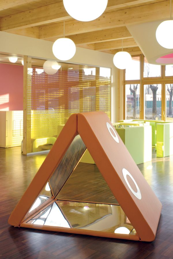 Mirror Triangle / Play Forms / feelgood designs