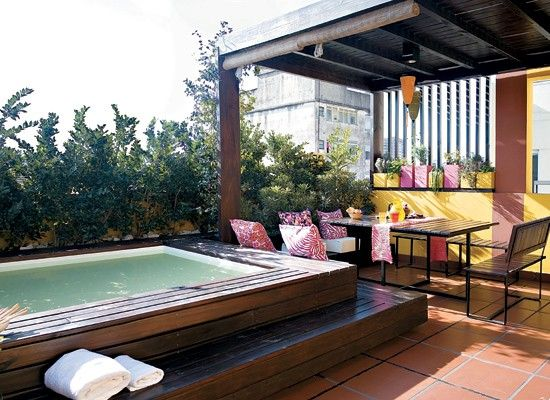 M s de 25 ideas incre bles sobre piscinas fibra de vidrio - Jacuzzi en terraza ...