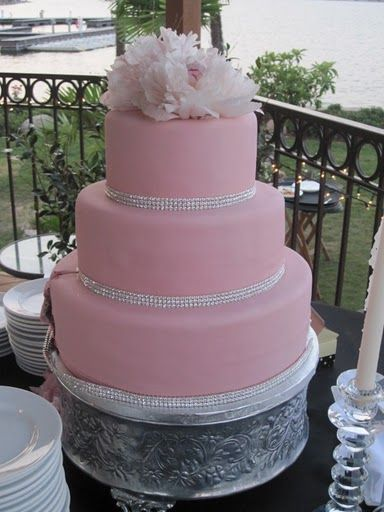 red wedding cakes with bling 17 best images about cakes on pink bling 19175