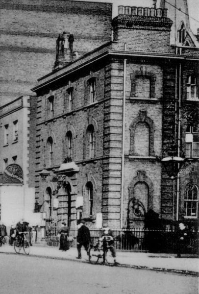 Bethnal Green police station, c 1905