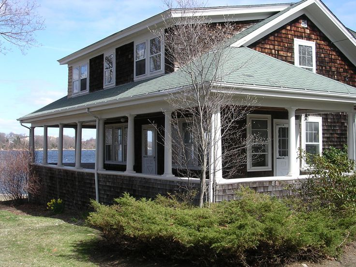 <p>Learn how to recognize and appreciate Shingle-style architecture,best known for its use in the seaside resorts of coastal New England</p>