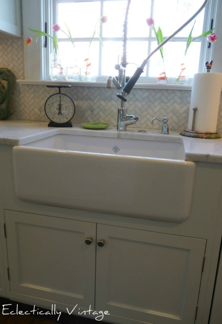 Shaws Farmhouse Sink And Kwc Faucet