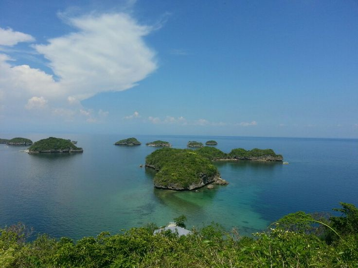 Hundred Island, Alominos Philippines