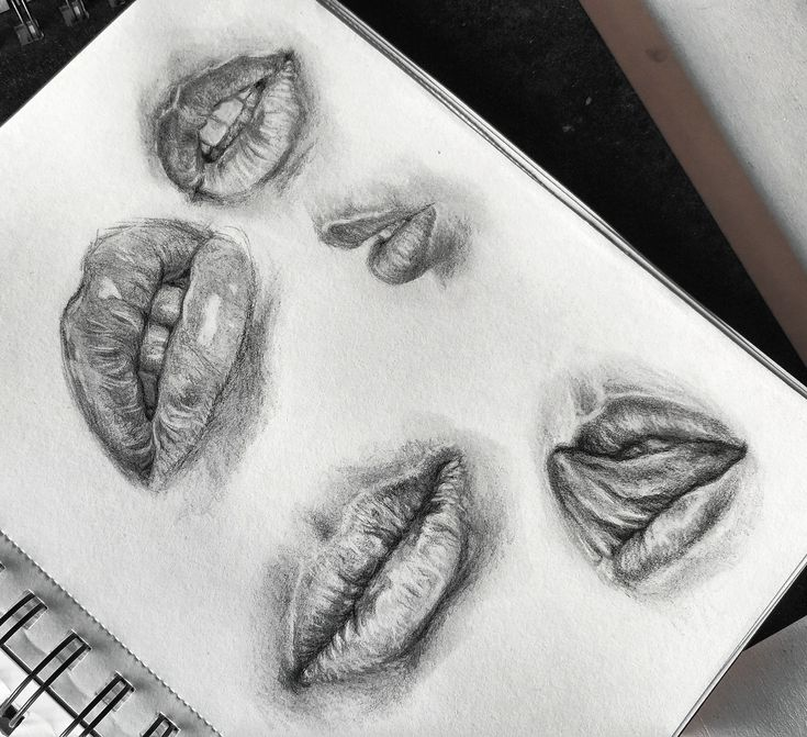 Lips sketches. SNAP and INSTA: leahartist