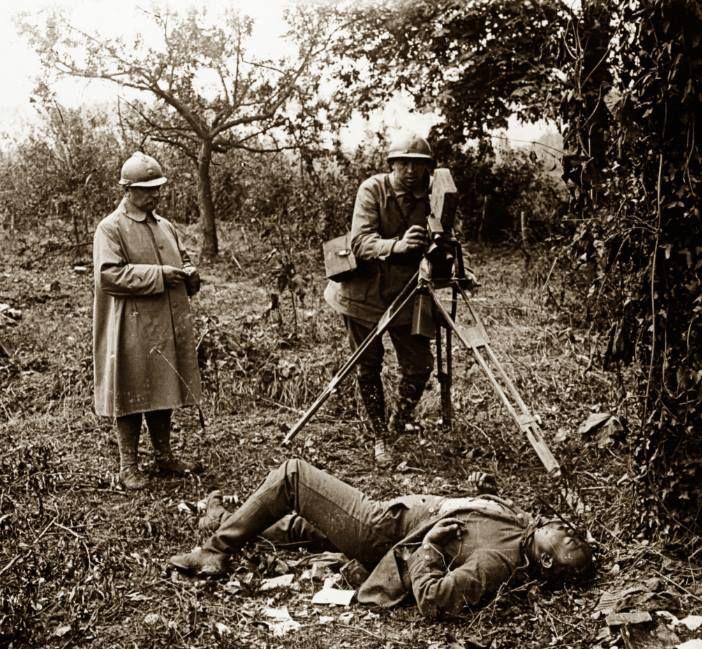 WW1, Battle of the Somme, capturing history...1916. La PremièreGM, 14-18 (@1erGM)   Twitter