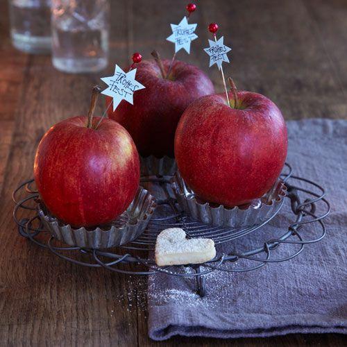 Tischdeko mit Äpfeln