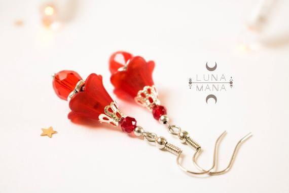 Boucles d'oreilles Fleur Clochette rouge (corolle, coupelle, nature, pétale, plante, bohème, vintage, grelot), idée cadeau femme