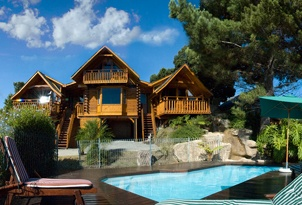 Self-catering Knysna Abalone Lodges 2 cabins, $193, self-catering, pool, near town