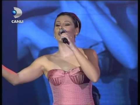 Funda Arar - Benim için üzülme - Beyaz show - YouTube