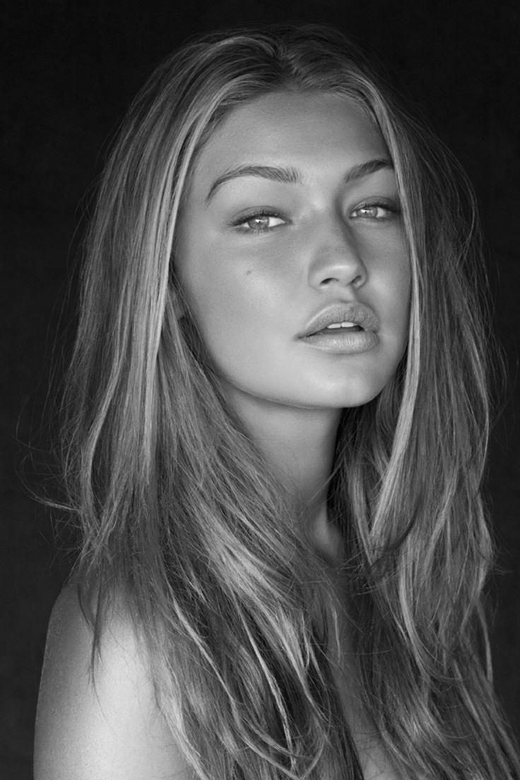 Gigi Hadid. I just love her so much. Among all the new Guess models, she's the one I really look up at the most.