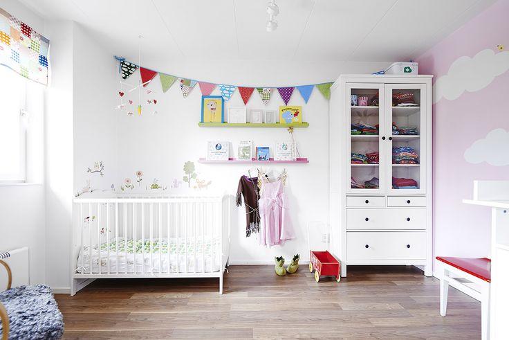 Детская комната в белом цвете: варианты и идеи