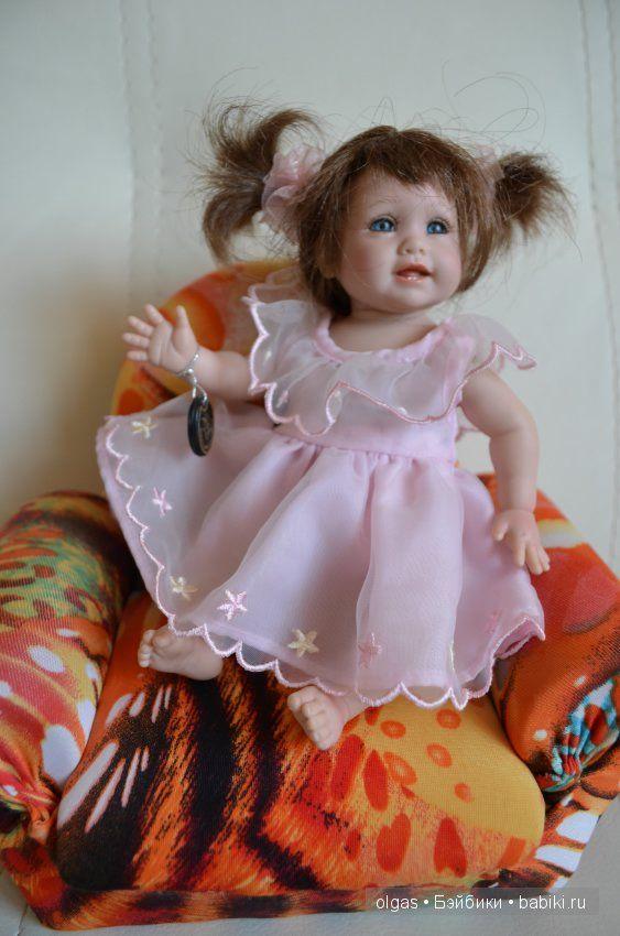 Маленькая клубная куколка от фирмы Адора, рост 20 см Очень хорошо проработаны тельце, ручки и ножки волосы паричок Ароматизированна также, / 6 500р