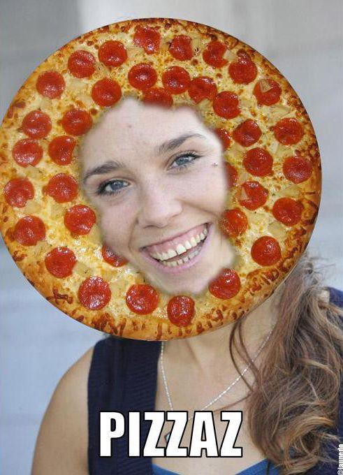 photo de la chanteuse Zaz avec une pizza
