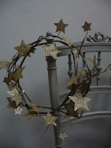Glittered star wreath