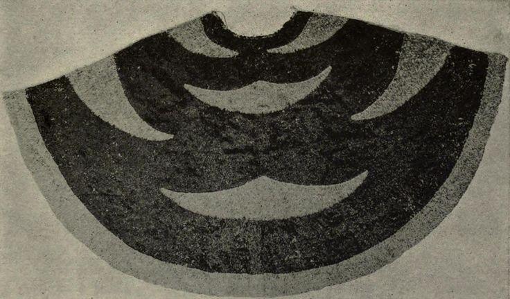 Kearny_Cloak,_Memoirs_Bishop_Museum,_Vol._VII,_Fig._36.jpg 1,751×1,027 pixels