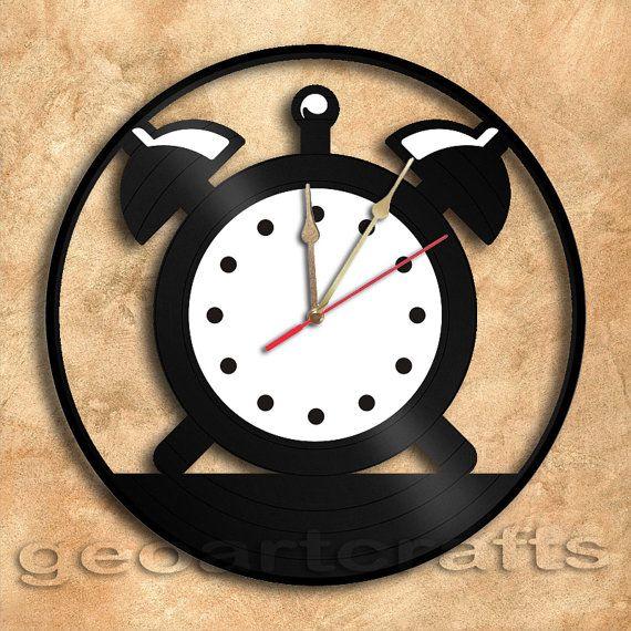 Wall Clock Vintage Clock Vinyl Record Clock by geoartcrafts, €23.00