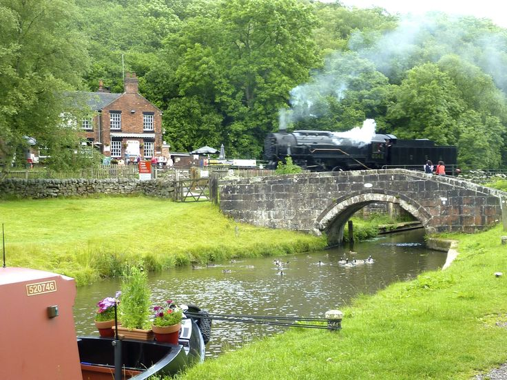 Steam engine at Black Lion Inn on the Caldon Canal. Moor here before turning at Froghall for your return trip to Gailey Wharf on a 7 night holiday.