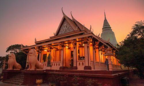 Wat Phnom  - Nom Pen - Camboya