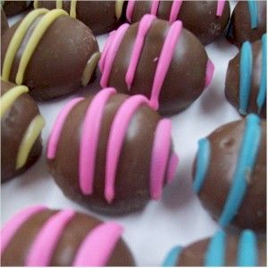 Pup Truffles - decorating idea. Lots of dog treat recipes if you click around a bit.