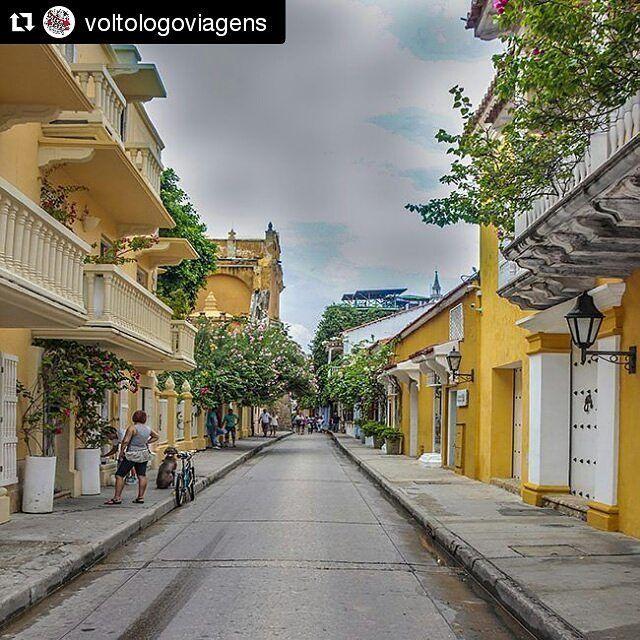 Foto @voltologoviagens  Cartagena - Colômbia. . . . #viajarepreciso #instatravel #dicasdeviagem #viajar #ferias #Holiday #vacation #bestintravel #mostreseuolhar #destinosimperdiveis #worldplaces #traveltheworld #exploretheworld #instatraveling #destinocerto #partiuviagem #topdestinos #aroundtheworld #lovetravel #tourism #photooftheday #traveltheworld #instatravelling #alldaytravel #exploreworld #exploretheworld #alwaystravel #lonelyplanet by mochileirosgrupofechado