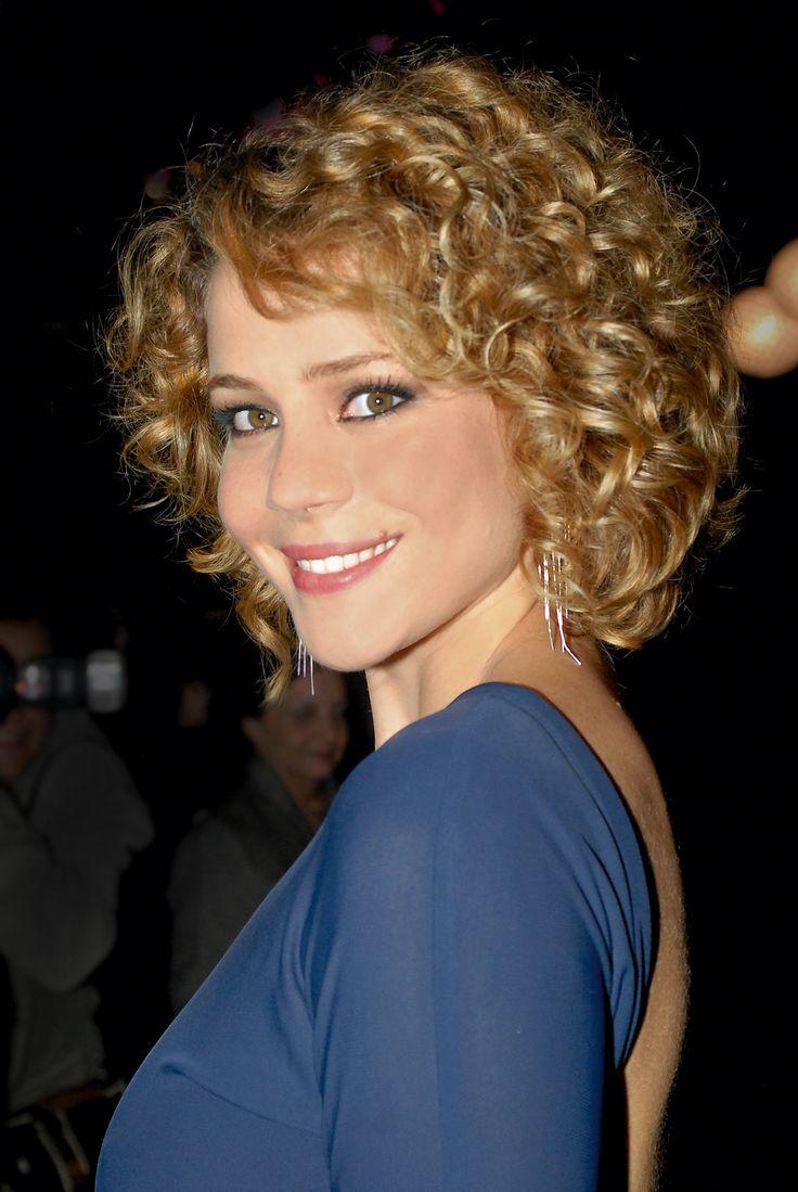 "Leandra Leal, inspiracao ""hair style""."