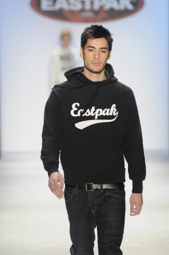 Another Eastpak Look - Designer Casual Looks for Men [Slideshow]