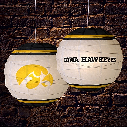 42 best images about hawkeye fan cave decor on pinterest for Iowa hawkeye decor