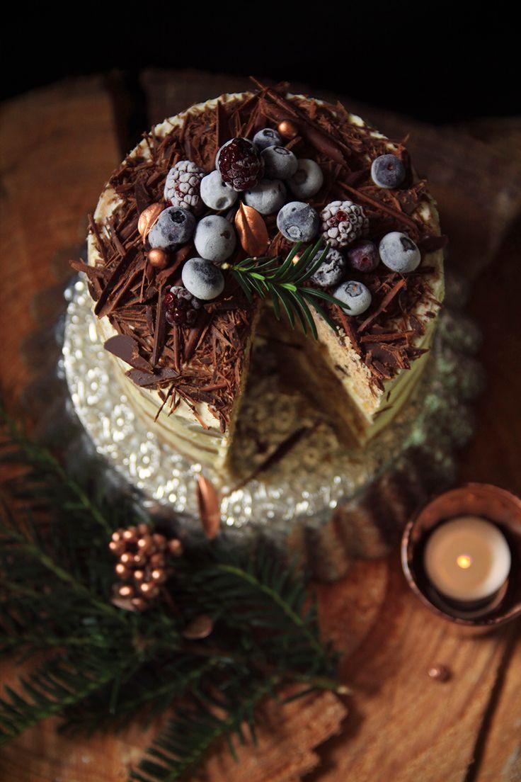 Layer cake de noël aux épices et au chocolat - Fraise & Basilic