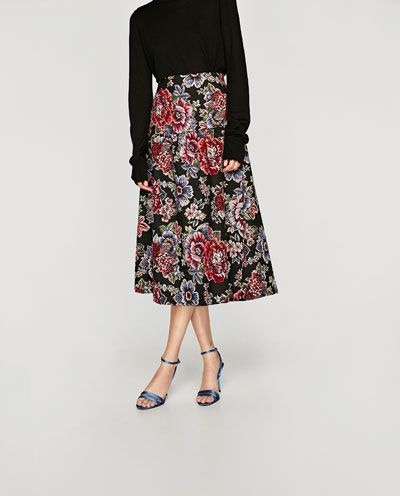 Image 2 of JACQUARD MID-LENGTH SKIRT from Zara