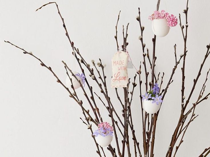 DIY tutorial: Make an Eggshell Hanging Vase via DaWanda.com – #DaWandacom #DIY #…