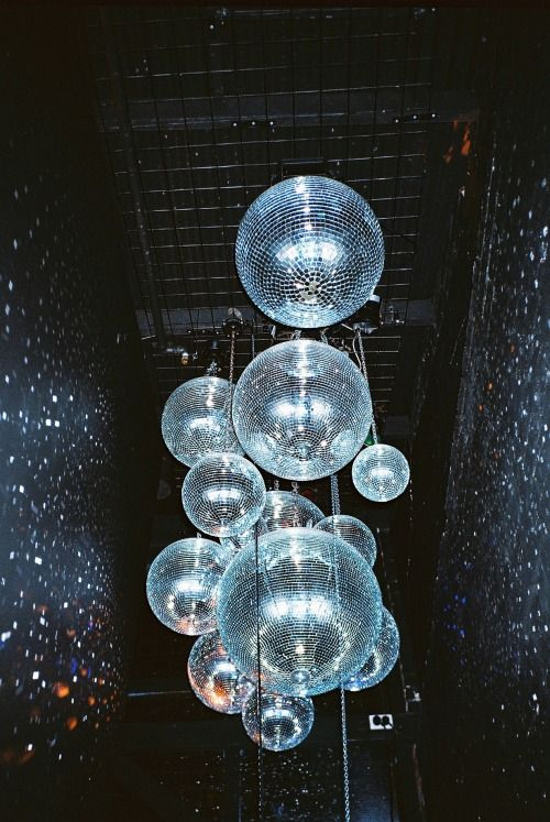 Consideration: multiple discoballs of various sizes
