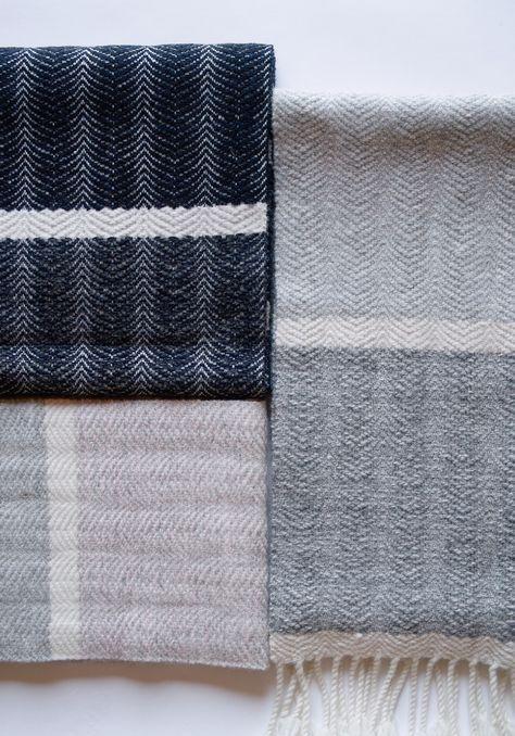 2015~2016Hand-woven scarves No.19.20.21.22Warp&Weft Extra fine merino wool yarn26cm×160cm 20cm×159cm
