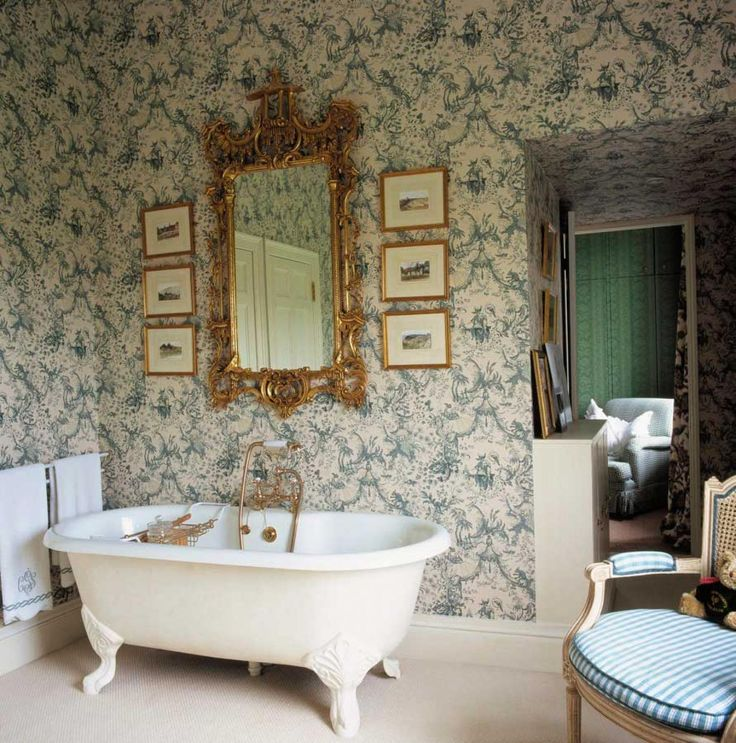 Victorian Bathrooms | Any Antique Furniture Will Suit The Victorian Interior