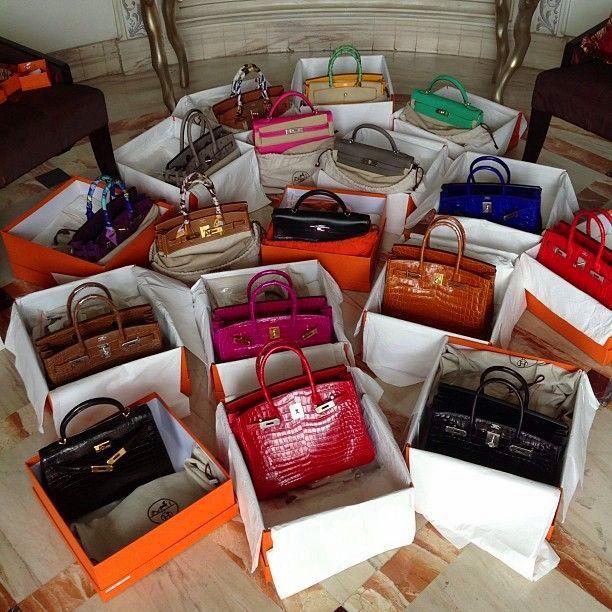 Handtaschen in Schuhkartons aufbewahren