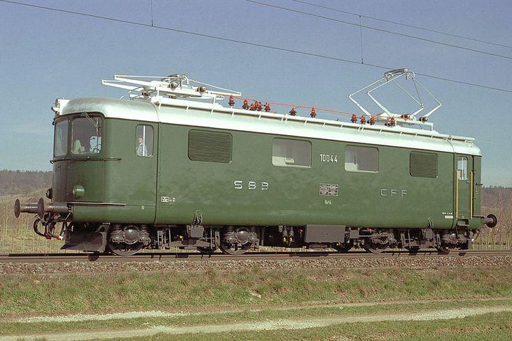 Re 4/4 I 10044