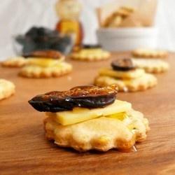 Rosemary Pecorino Butter Crackers