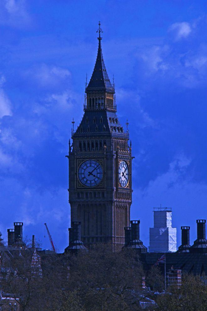 画像素材(スマートフォン壁紙用縦長):660x990(2:3) ロンドン | 38 |ウェストミンスター宮殿時計塔