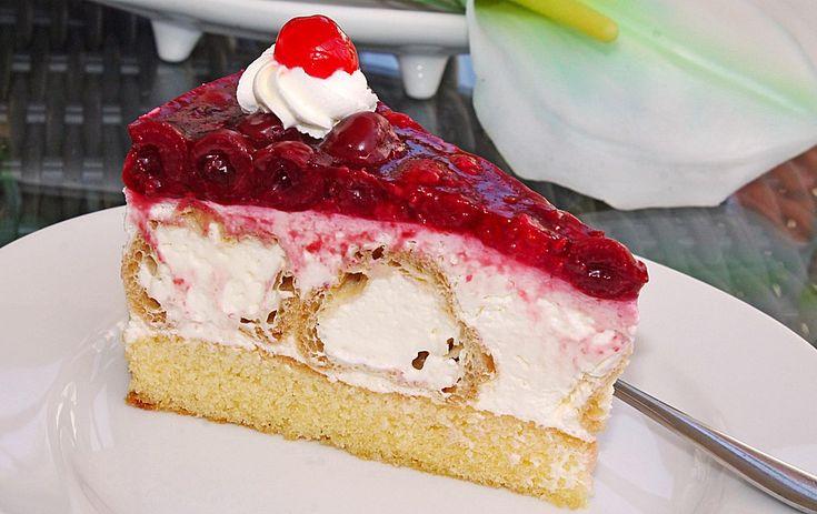 Windbeuteltorte, ein leckeres Rezept aus der Kategorie Kuchen. Bewertungen: 96. Durchschnitt: Ø 4,6.